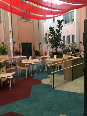 espacio abierto cafeteria